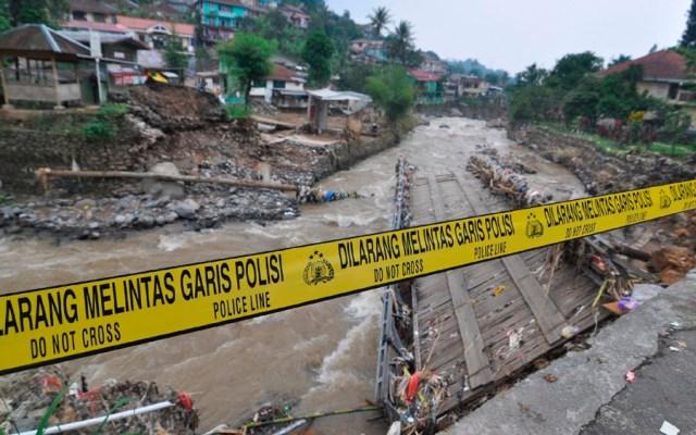 Inundaciones dejan al menos 40 muertos en Indonesia - inundaciones indonesia