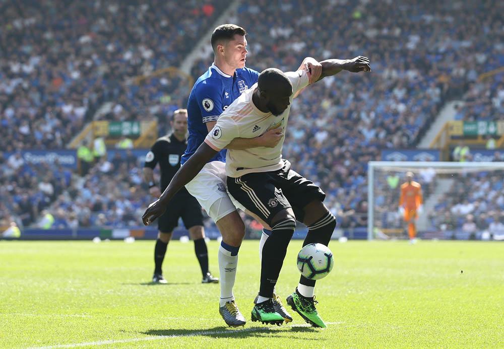 Manchester United vs Everton. Foto de @ManUtd_Es