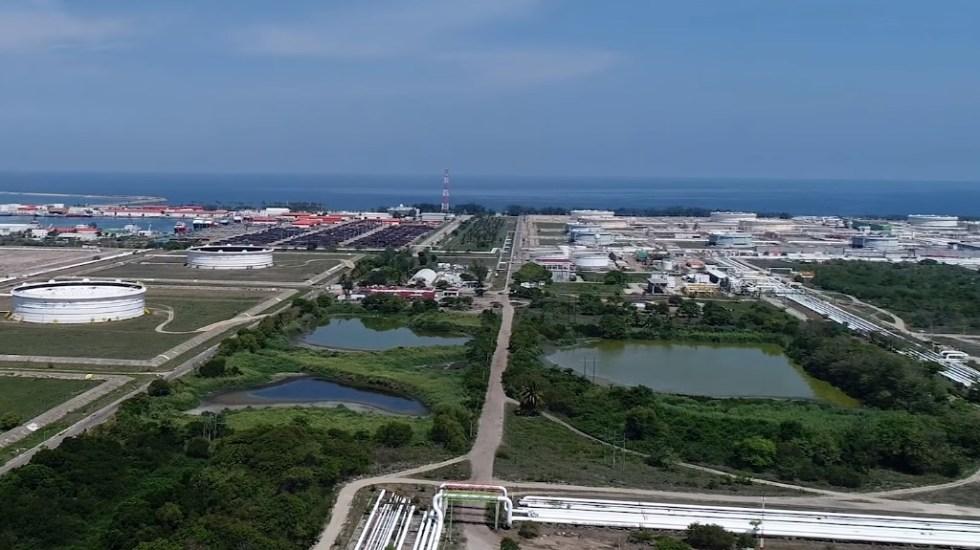 Refinería Dos Bocas estará en riesgo por inundación: experto - Terreno destinado a la construcción de la Refinería de Dos Bocas. Captura de pantalla / Pemex