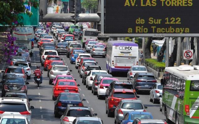 Transportistas amenazan con paralizar CDMX este martes - Foto de Notimex