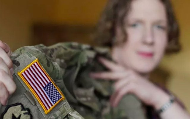 Entra en vigor veto a transgéneros en las fuerzas armadas de EE.UU. - Foto de NPR