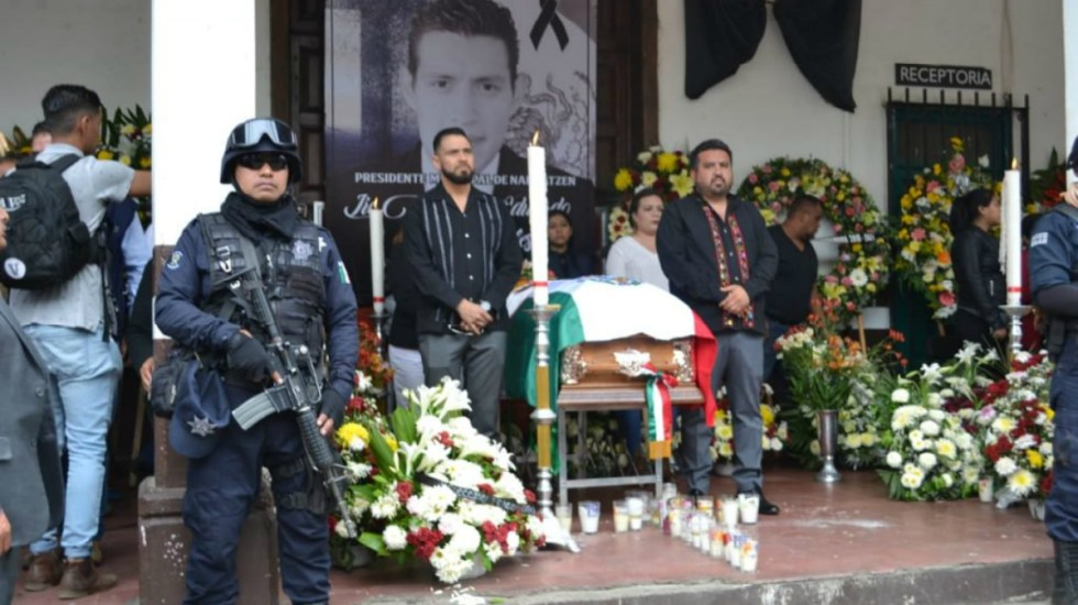 Con llanto y música despiden a alcalde de Nahuatzen - alcalde nahuatzen
