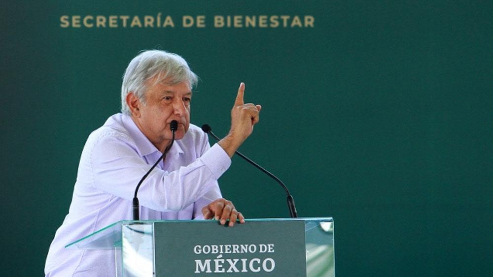 AMLO firmará decreto para reducir carga fiscal de Pemex