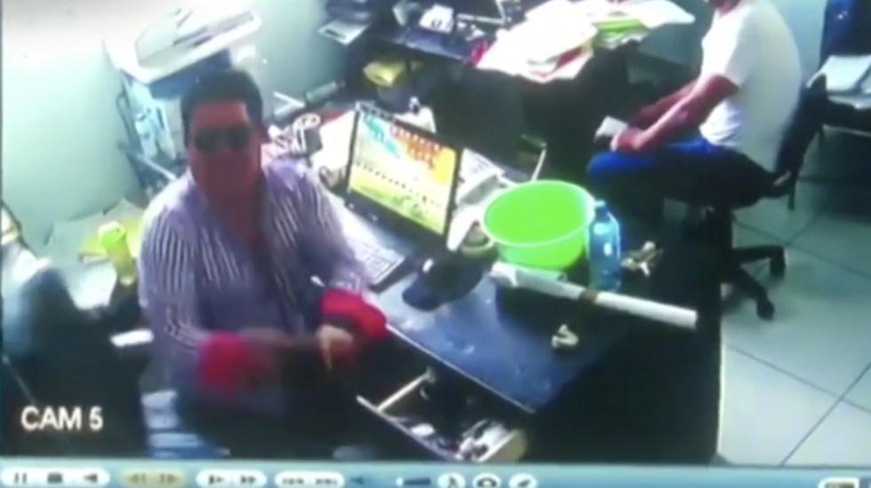 #Video Asaltan y hieren a empresario en el Edomex - Foto de Noticieros Televisa