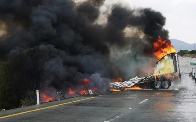 Fuerte accidente en la autopista México-Querétaro - Foto de @PF_Carreteras