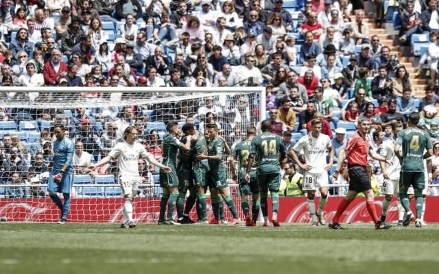 Con Guardado en la cancha, el Betis vence 2-0 al Real Madrid - betis vence al real madrid con guardado en la cancha
