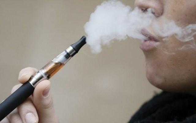 Cigarros electrónicos podrían ser contraproducentes para la salud - Foto de internet