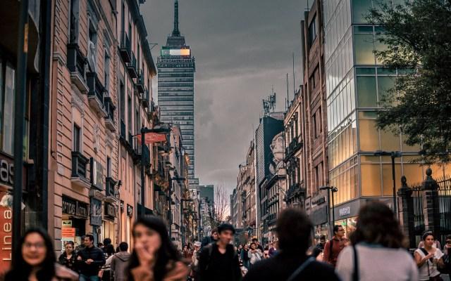 México cae en ranking de países atractivos para la inversión extranjera - Ciudad de México. Foto de Jezael Melgoza / Unsplash