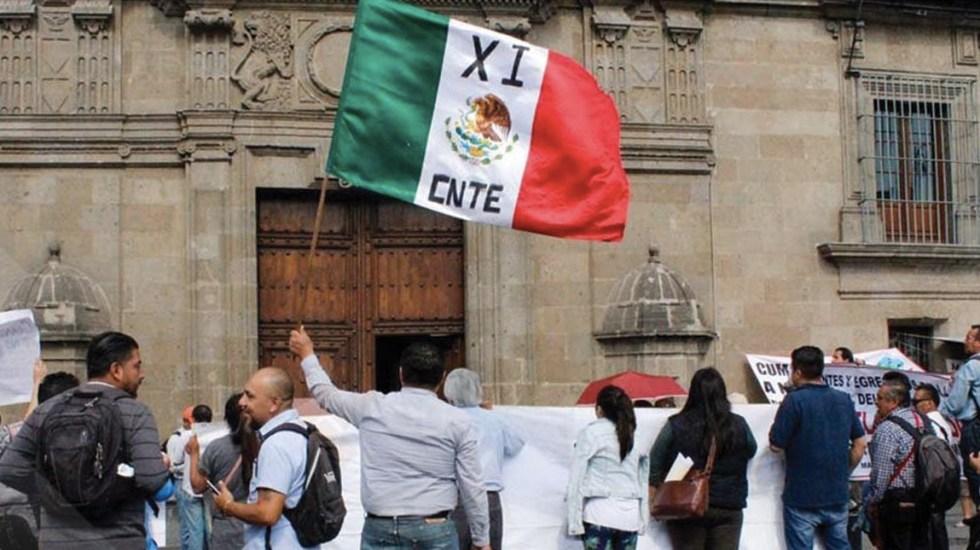 López Obrador se reúne con la CNTE por segunda ocasión - Foto de Quadratín Ciudad de México