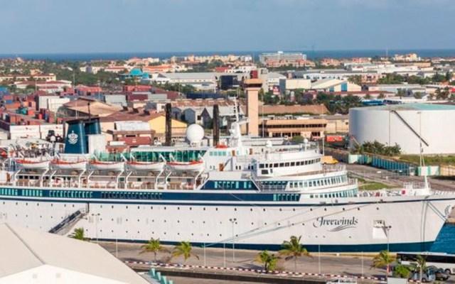 En cuarentena, crucero con 300 pasajeros por caso de sarampión - crucero santa lucia