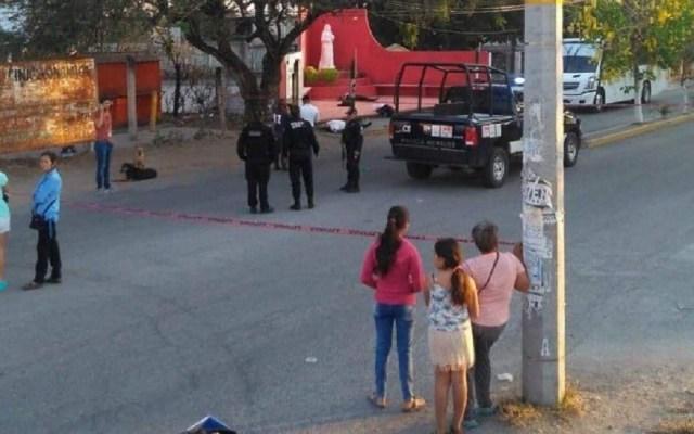 Secretaría de Seguridad reprueba asesinato de custodios en Morelos - Escena del crimen de custodios de Cefereso de Morelos. Foto de @eolopacheco