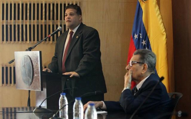 Diputado opositor abandona Embajada de México en Caracas y huye de Venezuela - Diputado Franco Casella
