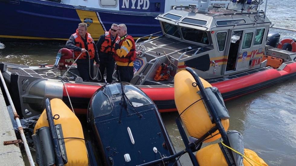 Helicóptero cae al Río Hudson - helicoptero
