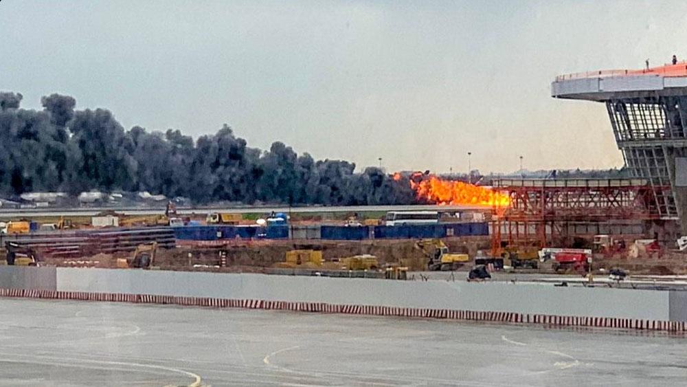Piloto afirma que rayo causó accidente de avión en Rusia - incendio avión rusia