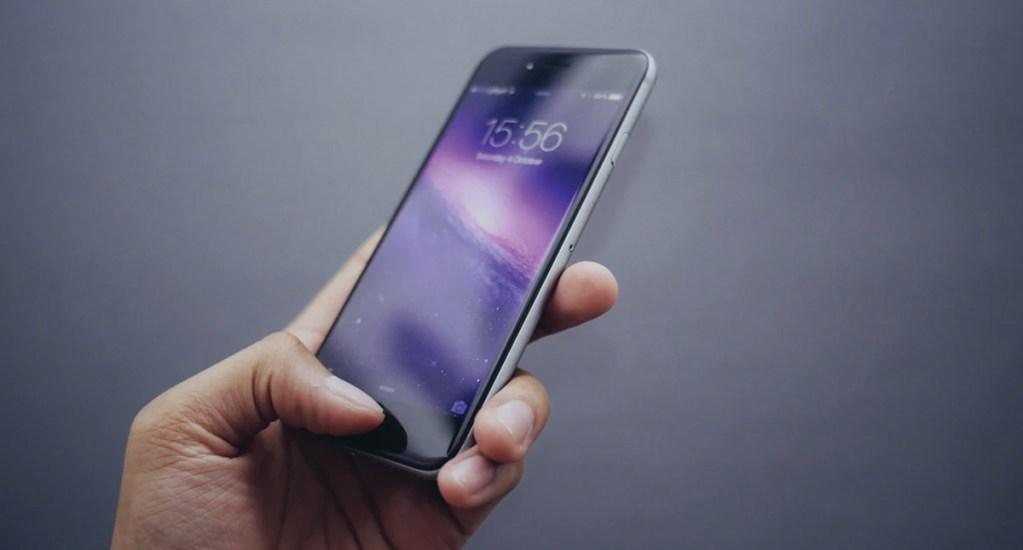 Revelan que apps de iPhone roban información mientras usuarios duermen - Foto de Oliur @ultralinx