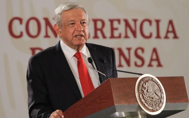 """""""Me comprometo a hacer valer el derecho a la salud"""": AMLO - López Obrador ofreciendo conferencia de prensa. Foto de Notimex"""