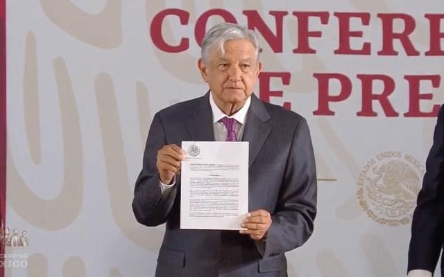 AMLO firma decreto para eliminar condonación de impuestos - Lòpez Obrador tras firmar decreto contra condonación de impuestos. Captura de pantalla