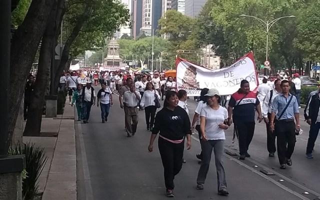 Vagoneros y campesinos bloquean Paseo de la Reforma por marchas - Marcha de Alianzas de Vagoneros. Foto de @vialhermes