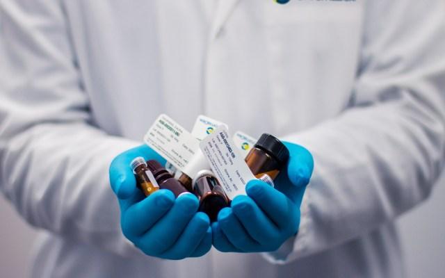 Aplaza Secretaría de Salud compra de medicamentos por cuarta ocasión - Medicamentos. Foto de Kendal James / Unsplash