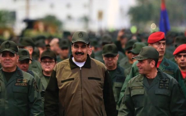 Maduro quiere desestabilizar Colombia con el apoyo de mil guerrilleros: Duque - nicolás maduro