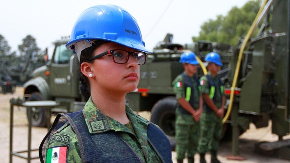 Expiden decreto en beneficio de personal militar femenino. Noticias en tiempo real