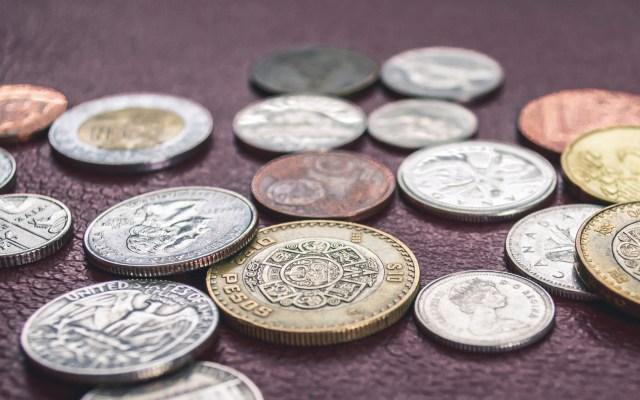 Peso se recupera frente al dólar tras acuerdo sobre aranceles - Foto de Steve Johnson/Unsplash.