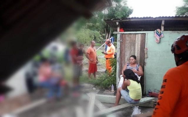 Sismo 6.1 en Panamá deja dos heridos y cuatro casas dañadas - Protección Civil evaluando daños por sismo en Panamá. Foto de @Sinaproc_Panama