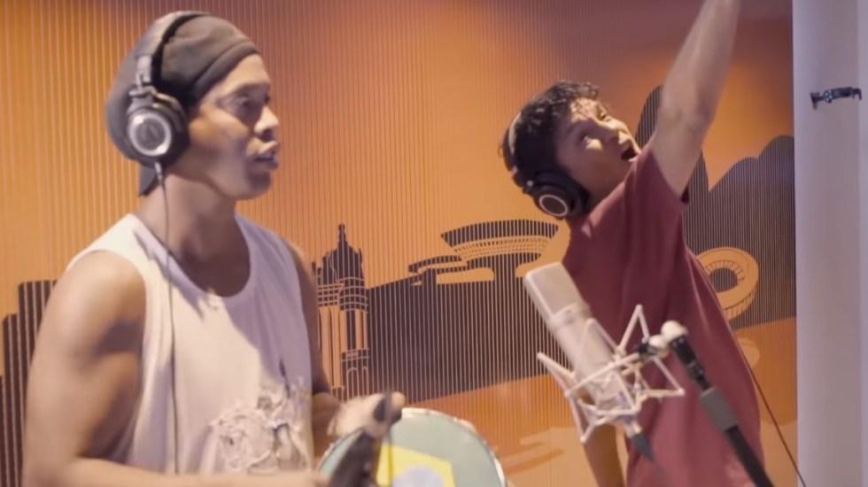 #Video Ronaldinho canta un rap contra la corrupción - Ronaldinho rap