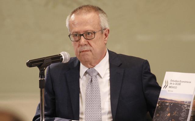 SHCP responde a estudio de la OCDE - carlos urzúa
