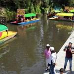 Alcalde de Xochimilco busca regular consumo de alcohol en trajineras - Trajineras de Xochimilco. Foto de @XochimilcoAlcaldiaOficial