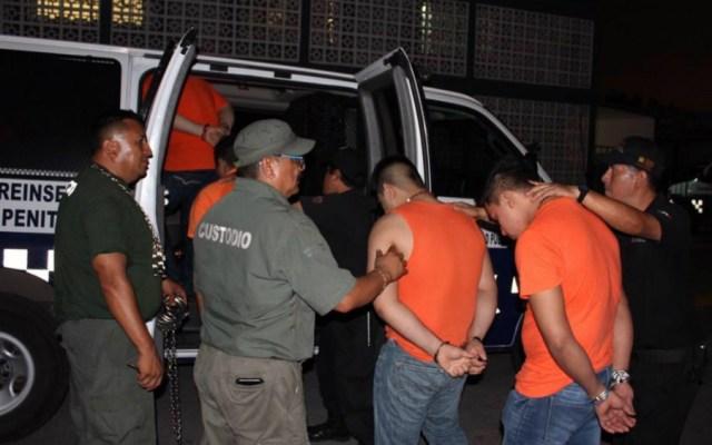 Trasladan a 26 internos a centros penitenciarios en Veracruz - Foto de Quadratín