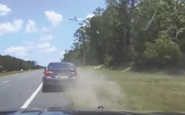 #Video Provoca accidente por ir a exceso de velocidad y pregunta qué hizo mal - Captura de pantalla