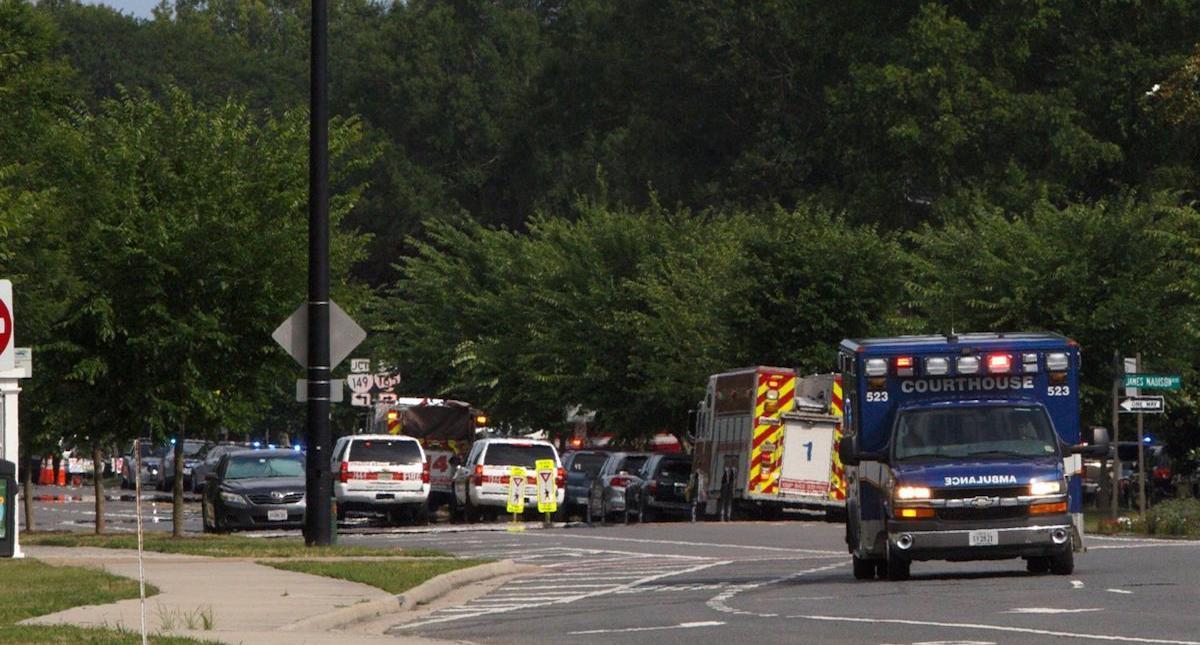 Al menos 11 muertos en tiroteo en oficinas municipales de Virginia