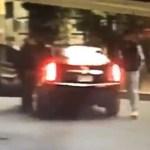 #Video Aprovechan tránsito para asaltar a automovilista en la CDMX - Asalto a automovilista en San Pedro de los Pinos. Captura de pantalla