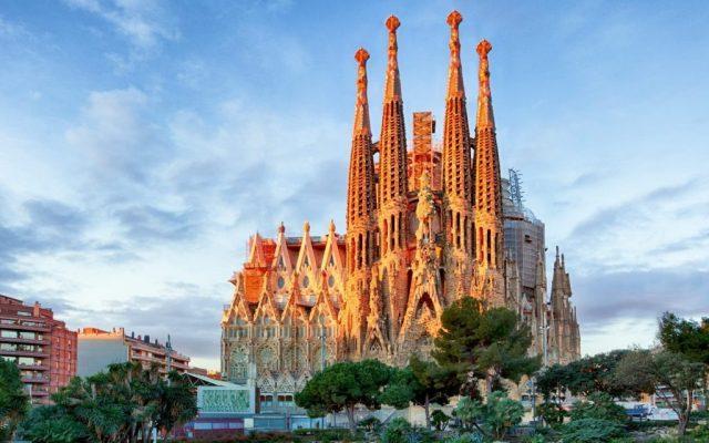 Guía básica para visitar Barcelona - Foto: inspiration.rehlat.com