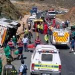 Choque de autobuses deja al menos 24 muertos en Sudáfrica