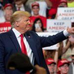 Trump inicia su campaña de reelección aferrado a su mensaje de 2016 - CHU12. ORLANDO (ESTADOS UNIDOS), 18/06/2019.- El presidente de los Estados Unidos, Donald J. Trump, habla durante su anuncio de la reelección de 2020 en Orlando, Florida, EE. UU., el 18 de junio de 2019. El presidente Trump, acompañado por el vicepresidente Mike Pence, regresa a Florida para comenzar oficialmente su campaña de reelección. EFE / HERRERA CRISTOBAL