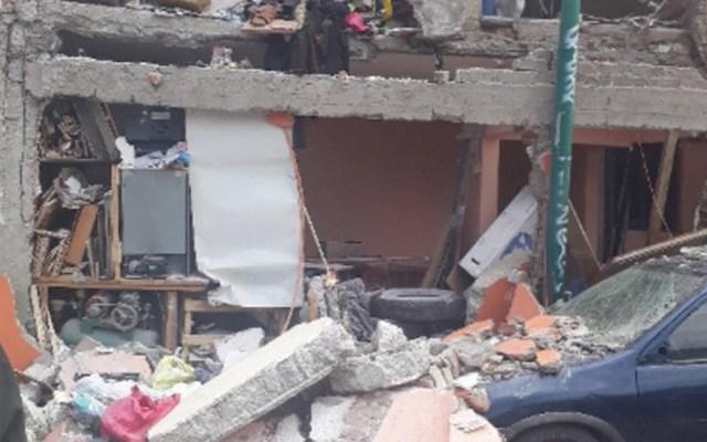Explosión deja al menos dos lesionados en Iztacalco - Foto de @tritonazteca11