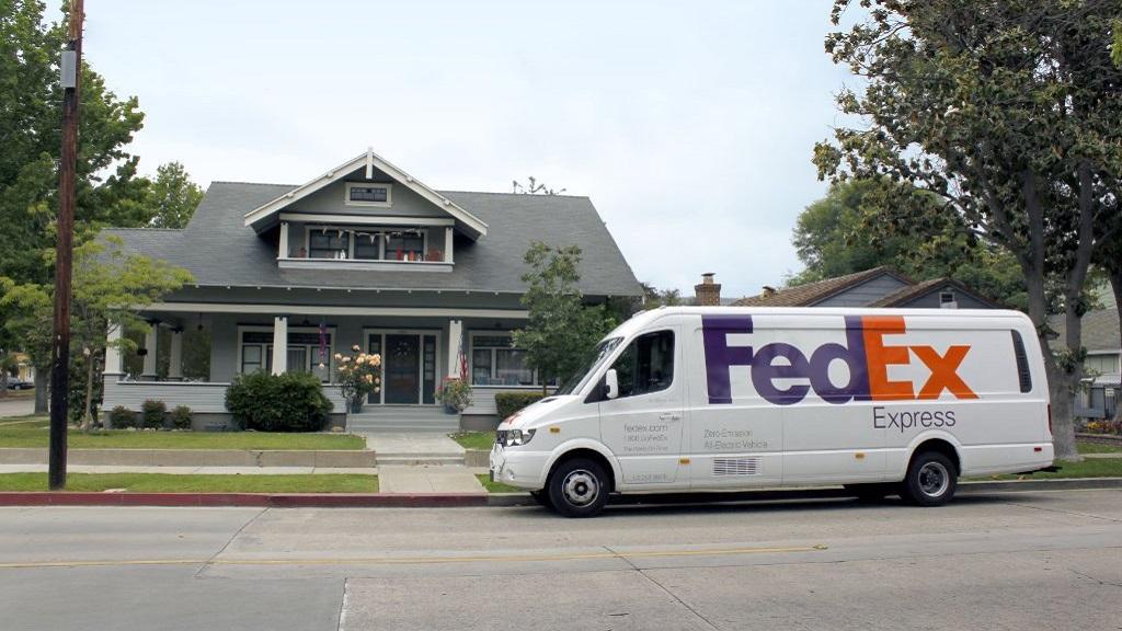 FedEx demanda al Gobierno de Estados Unidos por restringir envíos. Noticias en tiempo real