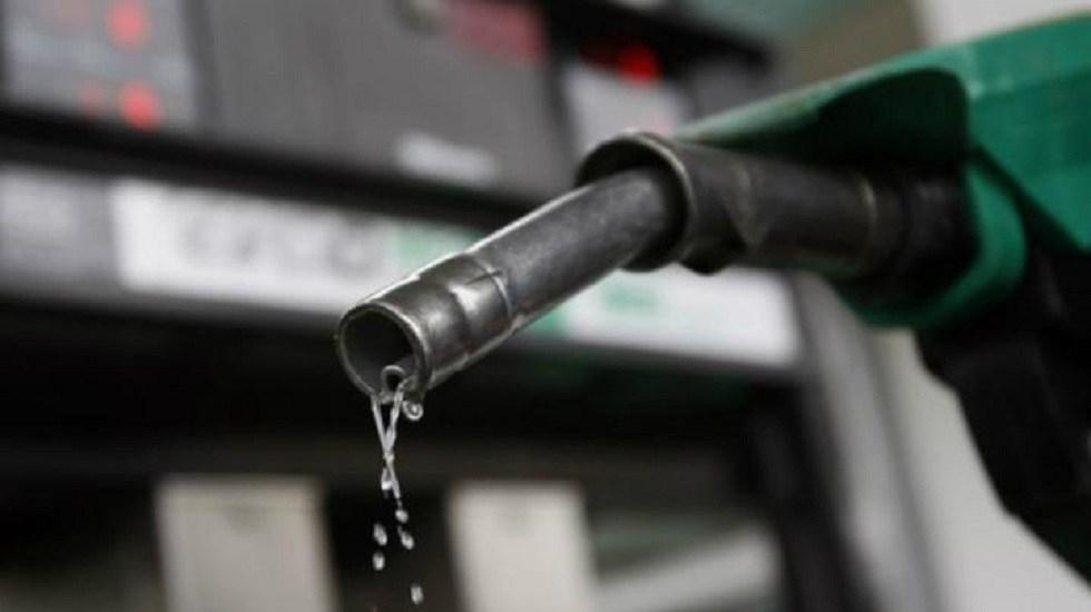 Hacienda baja estimulo fiscal para gasolina Magna y Diésel - Gasolina. Foto de Archivo