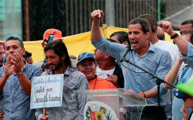 Guaidó llama a protestar por crisis en Venezuela durante visita de Bachelet - guaido