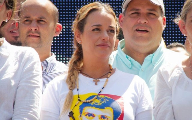 Esposa e hija de Leopoldo López llegan a España - Lilian Tintori, esposa del opositor de Venezuela, Leopoldo López. Foto de La Patilla
