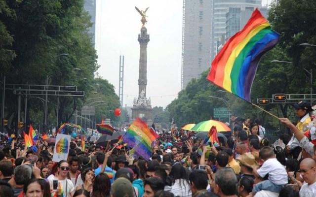 Ciudad de México tipifica como delito las terapias de conversión - Marcha del orgullo gay en la CDMX. Foto de @MarchaLGBTCDMX / Archivo