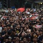 Hong Kong vive megamanifestación contra extradiciones a China - Alrededor de dos millones de personas marcharon este domingo en Hong Kong. Foto de AFP / Héctor Retamal