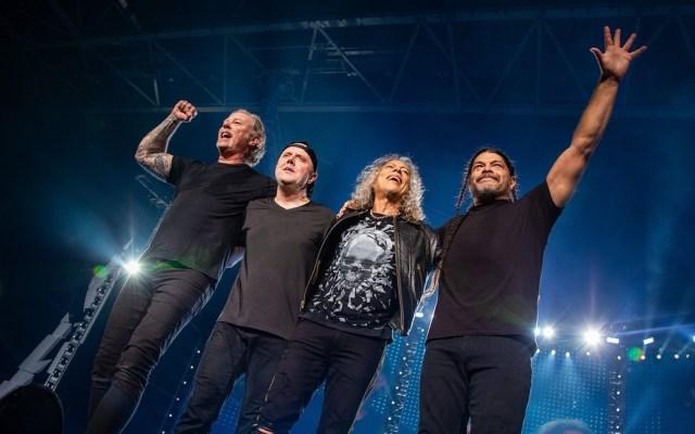 Metallica figura entre los 10 artistas mejores pagados de 2019 - Metallica en Amsterdam. Foto de @Metallica