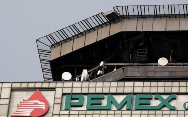 """Apoyo de Hacienda a Pemex para refinanciar deuda es """"moderado"""": Fitch - Fitch Pemex apoyo gobierno"""