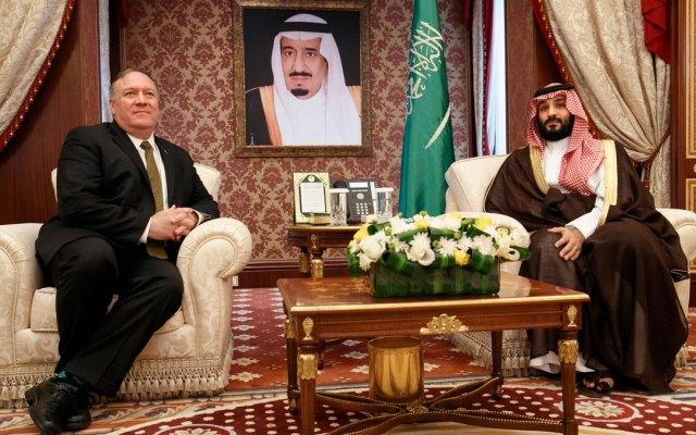 Pompeo habla de crisis con Irán en Arabia Saudita antes de nuevas sanciones - pomeo-arabia-saudita