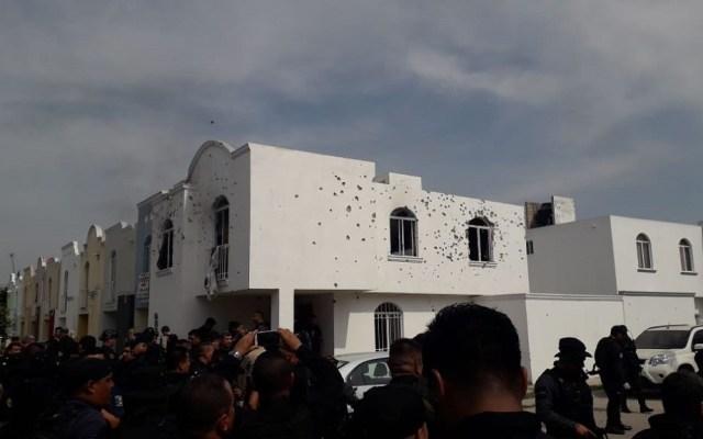Así ocurrieron los ataques contra elementos de la Fiscalía de Jalisco - Presunta casa de seguridad en el Fraccionamiento Jardines del Edén. Foto de @vialhermes