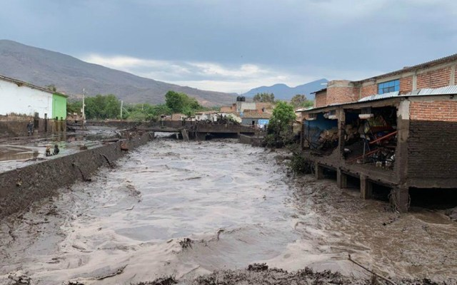 Suspenden clases en San Gabriel tras desbordamiento de río en Jalisco - Foto de Notimex
