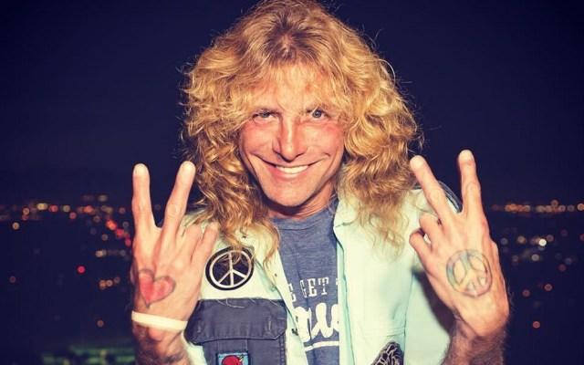 Exbaterista de Guns N'Roses se apuñala en el estómago - Steven Adler. Foto de @realstevenadler